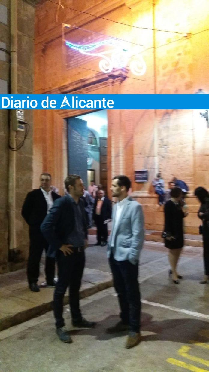 El alcalde de Benitatxell Miguel Ángel García y el diputado Gerard Fullana en una imagen de archivo