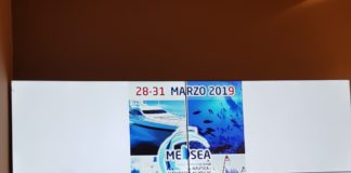 Dolón (en el centro) junto a Gisbert (barba) y a Delgado en la presentación del MEDSEA Costa Blanca/ Alex Ferrer.