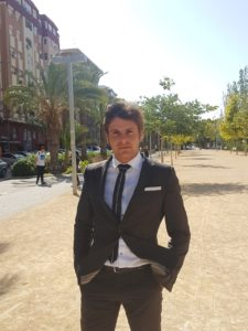 Alfredo Bernabéu posando en la entrevista / Alex Ferrer