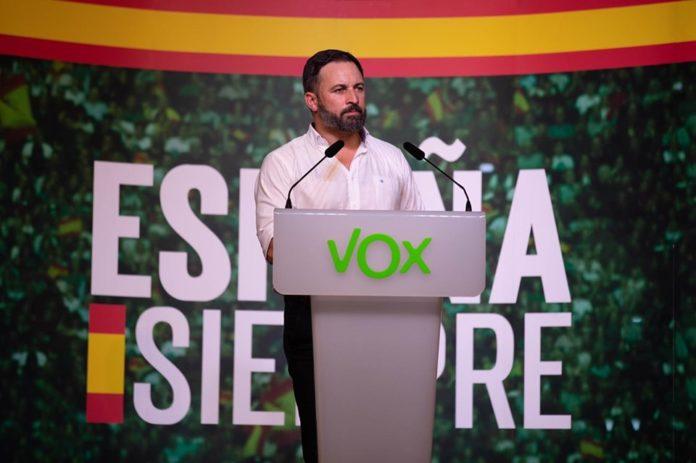 Santiago Abascal dando su mitin en IFA / Santiago Abascal