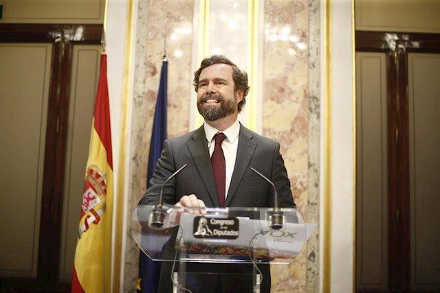 Iván Espinosa de los Monteros, sonriente en una intervención / Europa Press