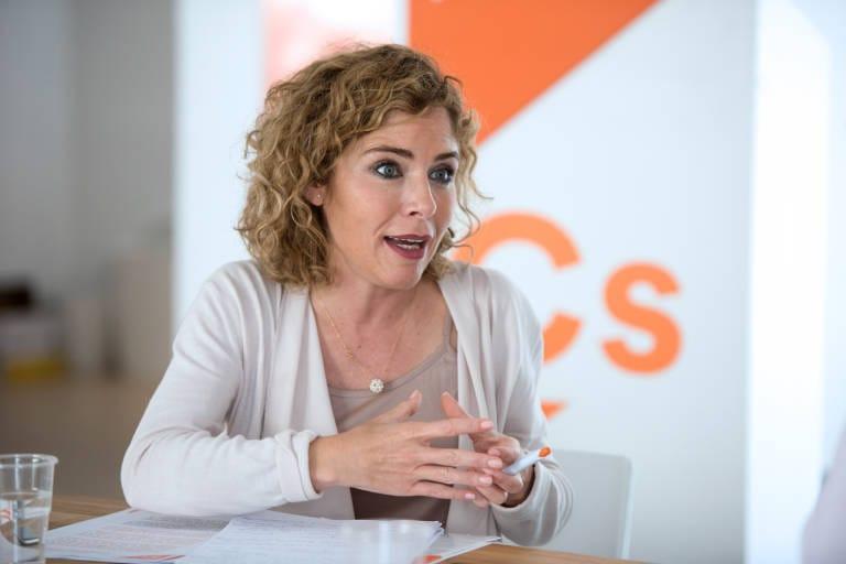 Marta Martín interviniendo en la sede Ciudadanos Alicante / Marta Martín