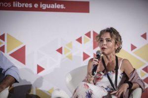 """Marta Martín interviniendo en un acto de """"Ciudadanos libres e iguales"""" / Marta Martín"""