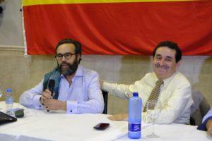 Manuel Mestre sonriendo en la intervención de José María Sánchez / VOX Alicante
