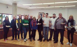Alcaldesa, concejal de Turismo, hosteleros y representantes de Cofradía de Pescadores de Santa Pola