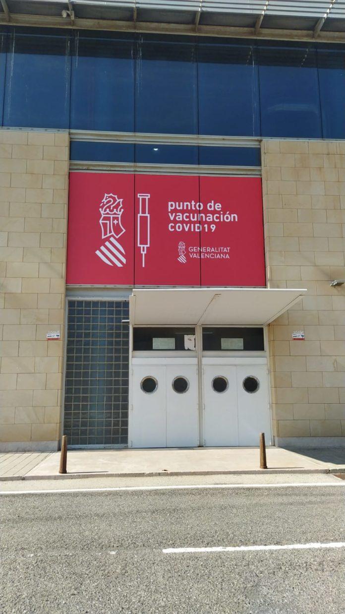 Punto de vacunación contra la COVID-19 en Elche (Alicante)