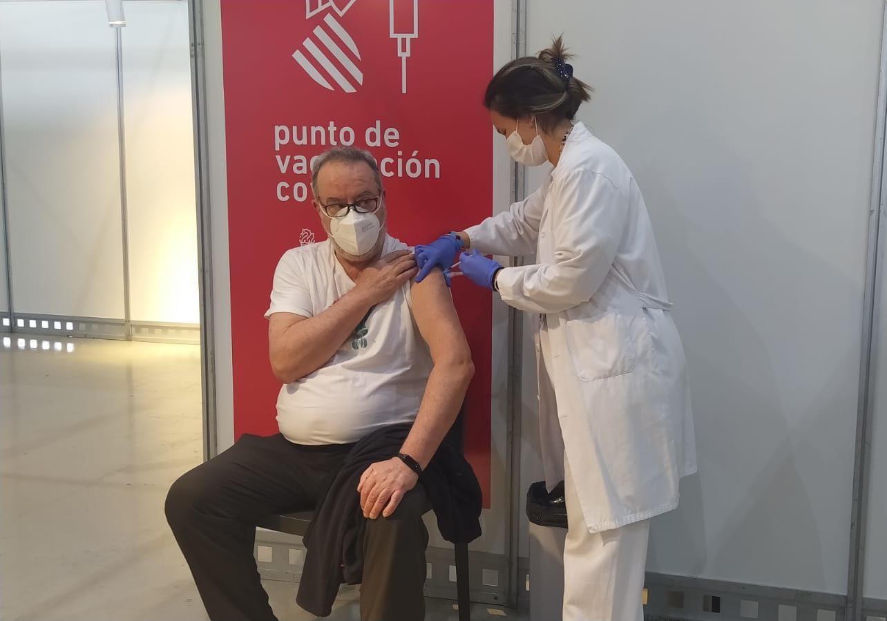 Vacunación masiva en IFA (Elche)