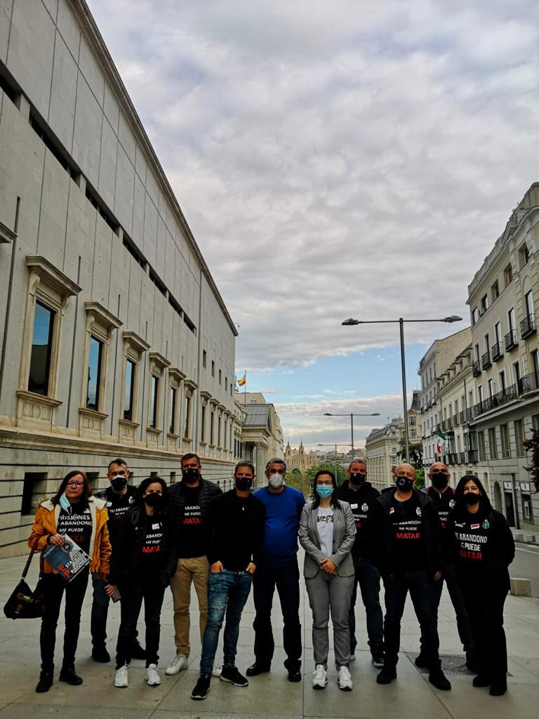 Funcionarios de prisiones (TAMPM) en las puertas del Congreso de los Diputados