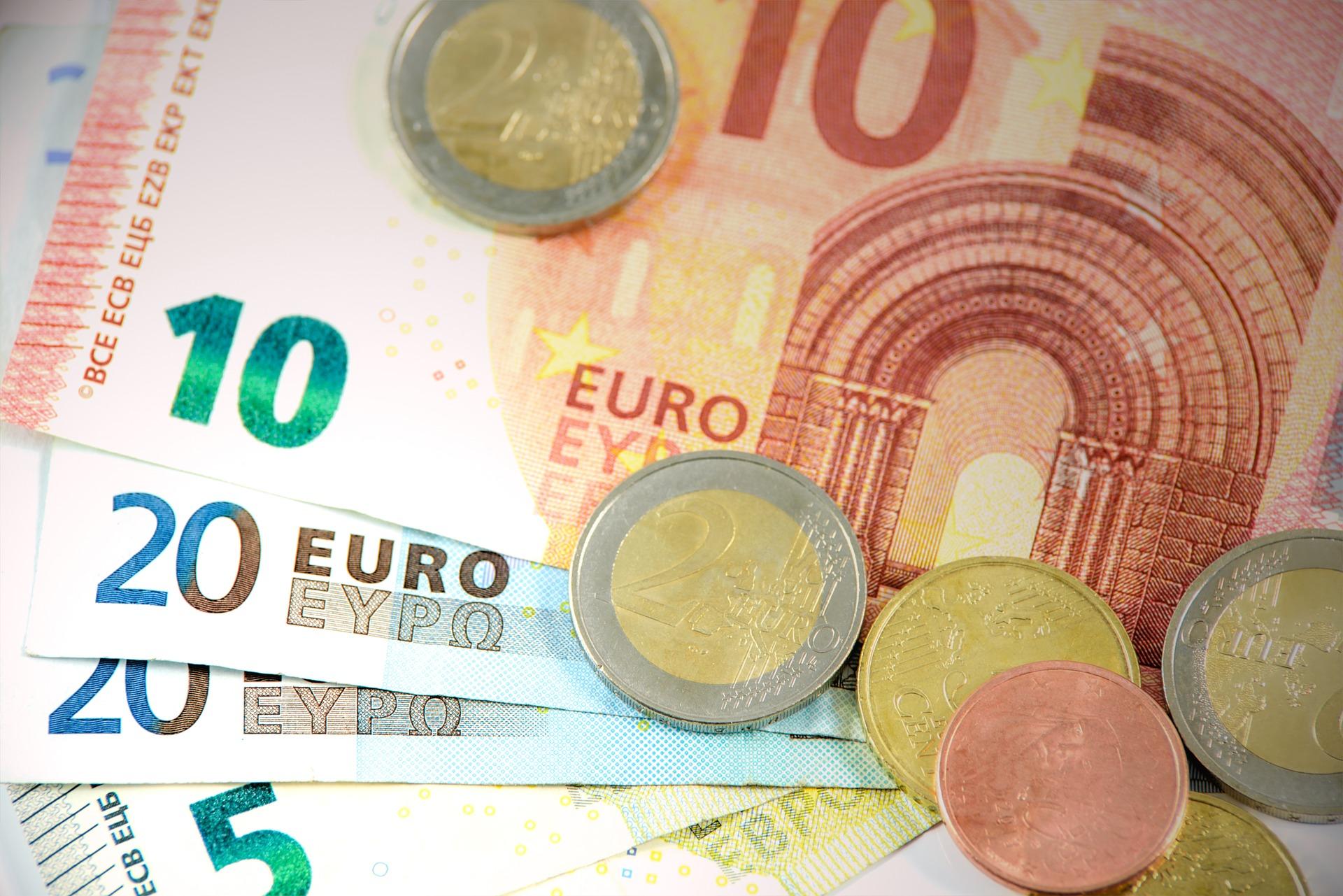 Billetes y monedas de euros