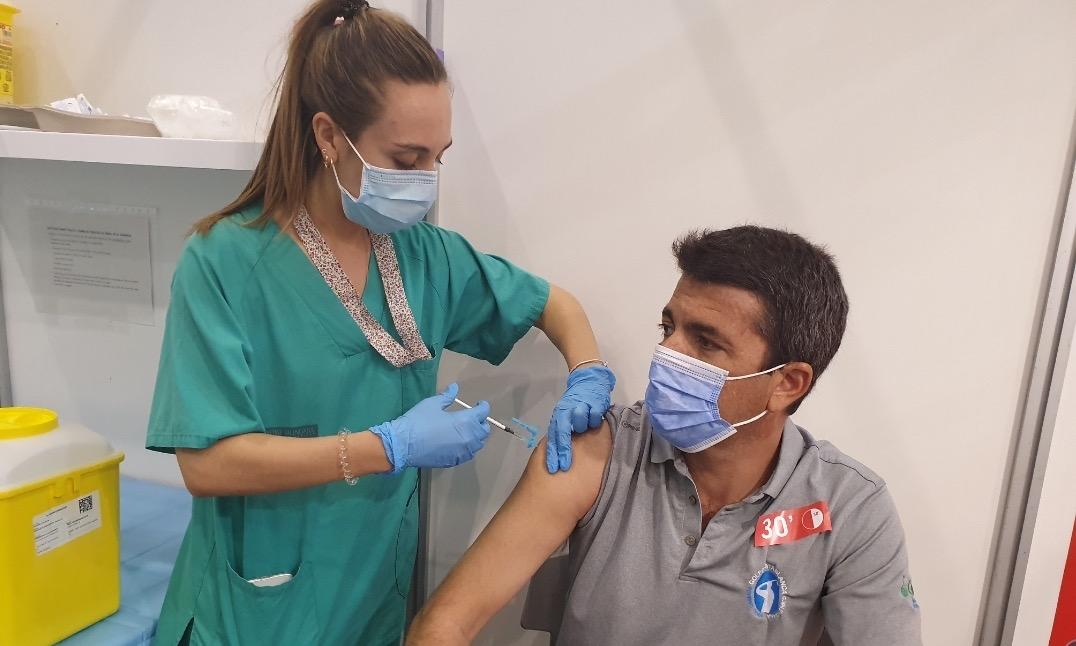 Vacunación Carlos Mazón