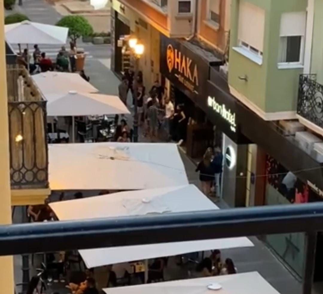Captura vídeo grabado por un vecino en la zona de Castaños (Alicante) este pasado sábado