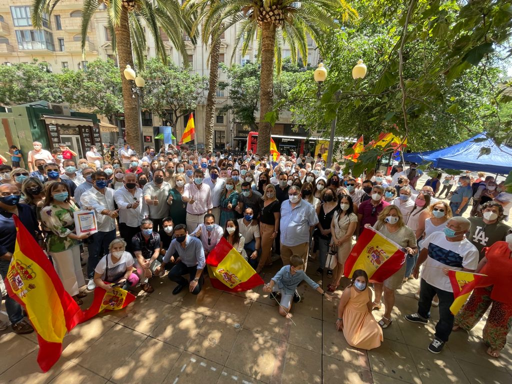 Acto en Alicante contra los indultos del 'procés'