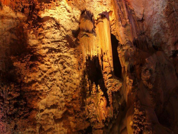 Cuevas Canelobre (Imagen: Turismo Busot)