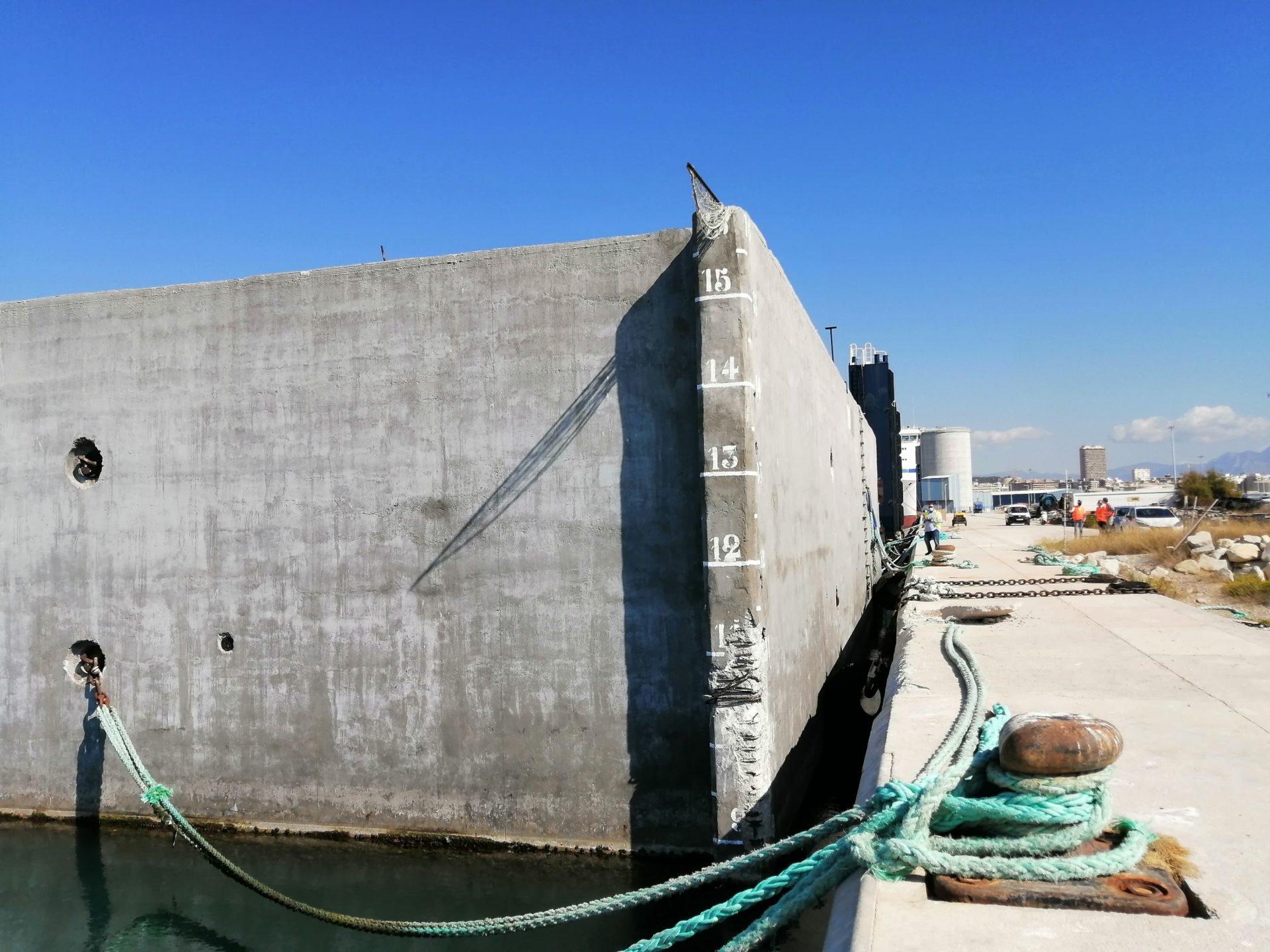 Estructura de hormigón y acero de 8.900 toneladas para el arrecife artificial