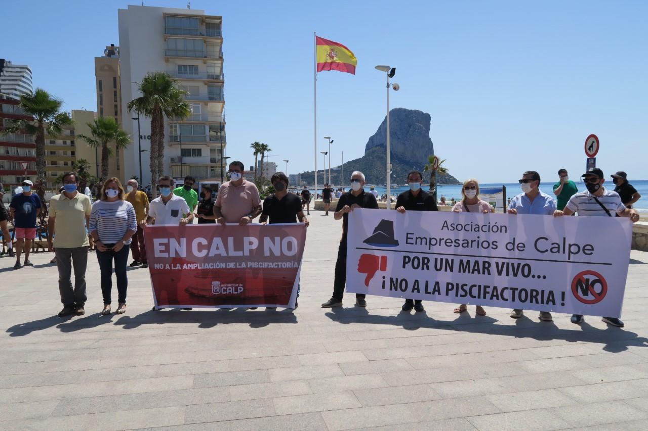 Representantes políticos Calp concentración | Ayuntamiento de Calp