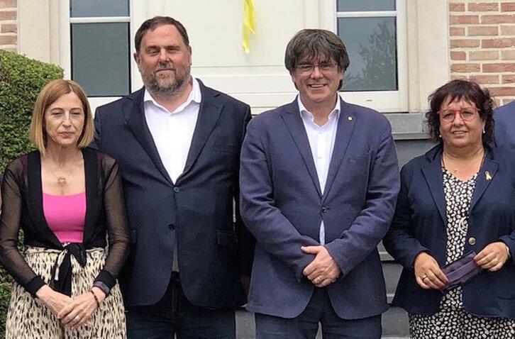 Junqueras y Puigdemont se reúnen en Waterloo tras cuatro años